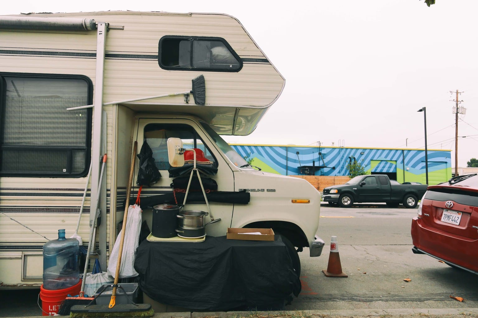 Anaheim's New Oversized Vehicle Parking Ban Leaves RV Dwellers