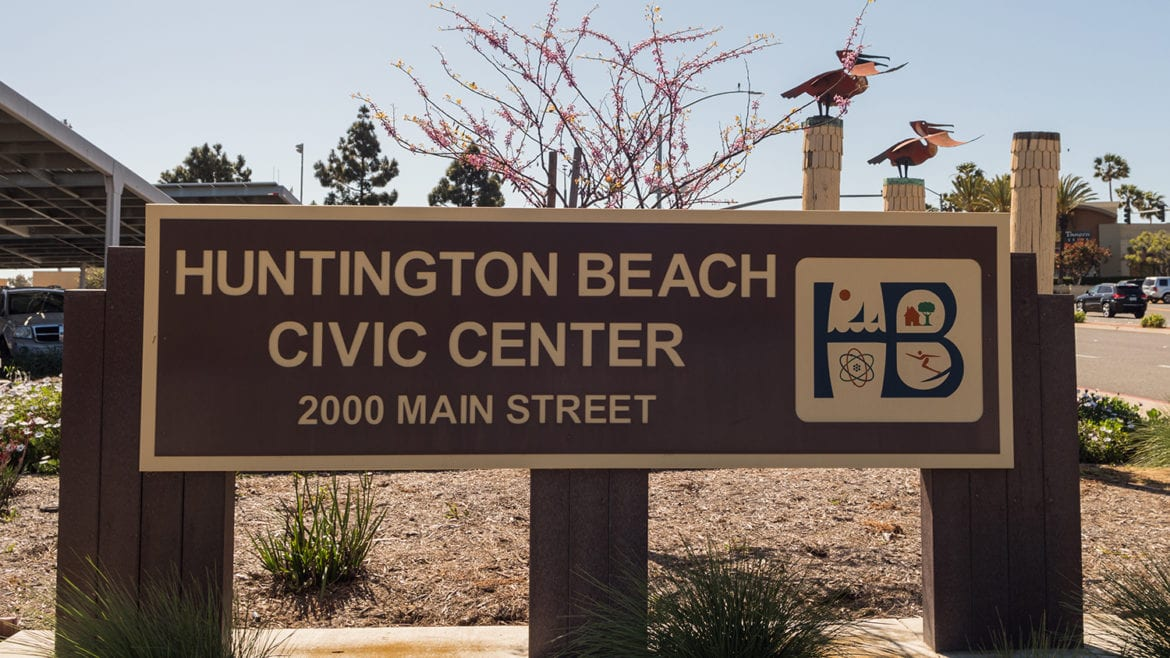 Huntington Beach to Study Lower Aircraft Noise Over the City