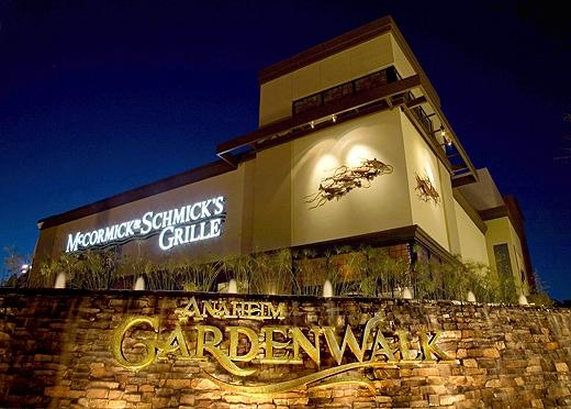 Anaheim Council Oks Subsidies For Gardenwalk Hotels Voice Of Oc